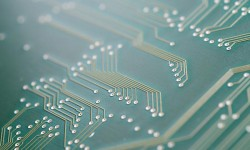Placa para montagem de circuito eletrônico